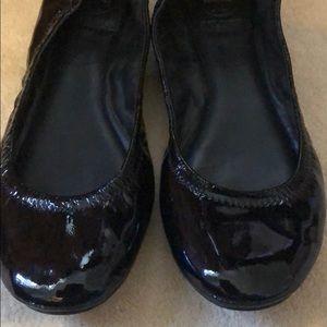 EUC Tory Burch Black Patent Lthr Ballet Flats 8.5